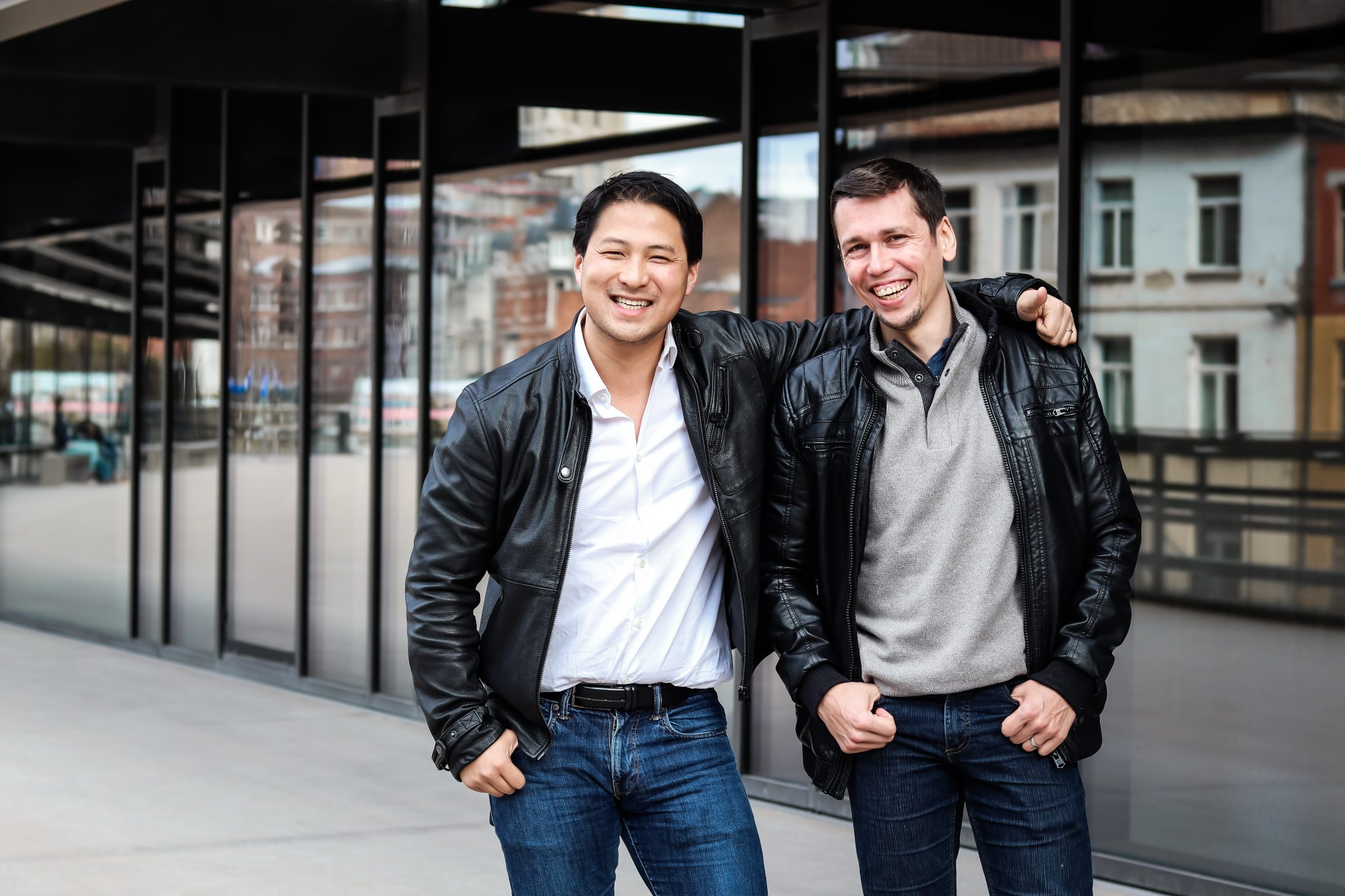 Photo of Deliverect cofounders Zhong Xu and Jan Hollez.