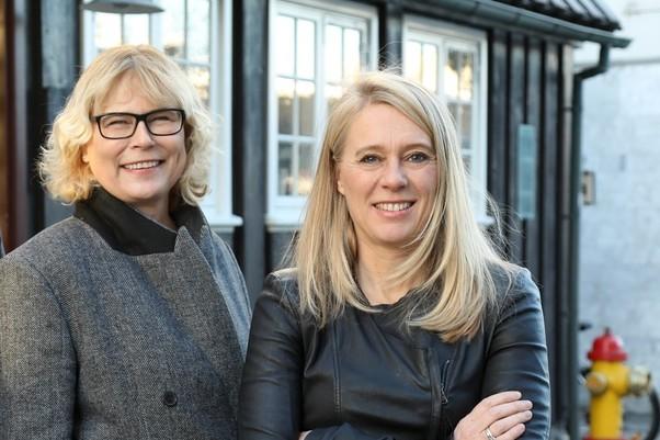 Huld Magnúsdóttir (left) with Kara Connect founder Thorbjorg Helga (right).