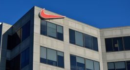 Nike founded by Phil Knight