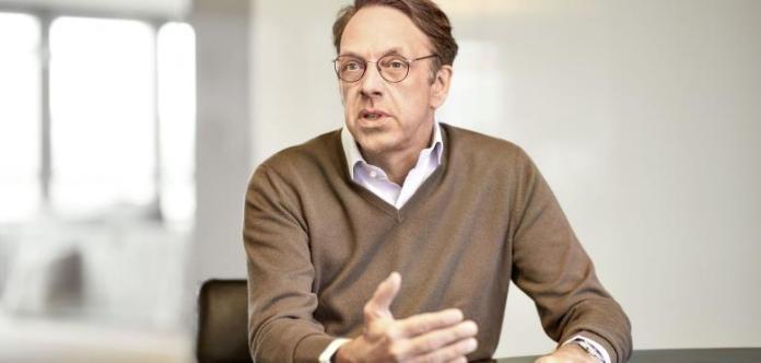Klaus Hommels, Lakestar founder