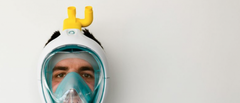 Picture of a Decathlon snorkelling mask with a valve that turns it into a respiratory mask