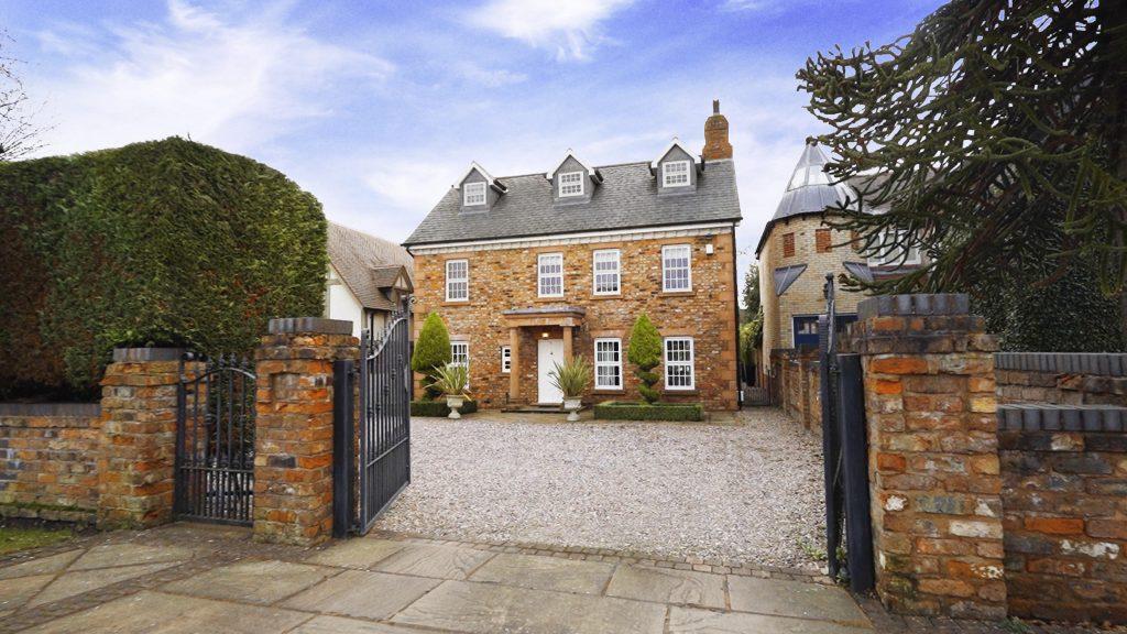 Omaze Million Pound House