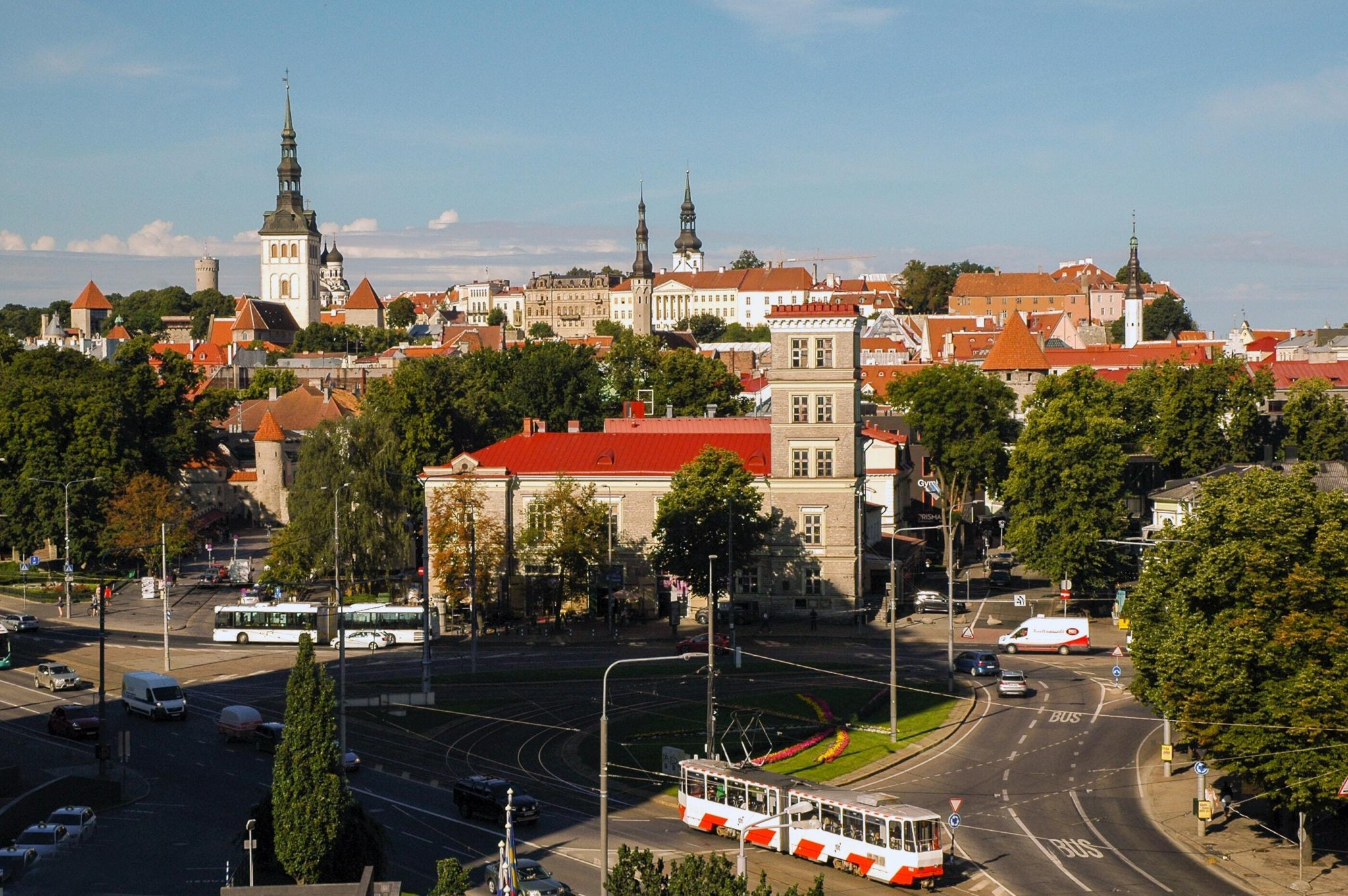 Teaser imagery for The Baltic startups and scaleups to watch in 2021